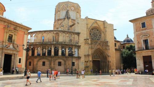Valencia - Catedral en Plaza de la Virgen